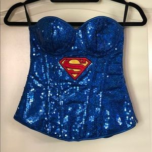 Halloween outfit. Super woman. DC comics